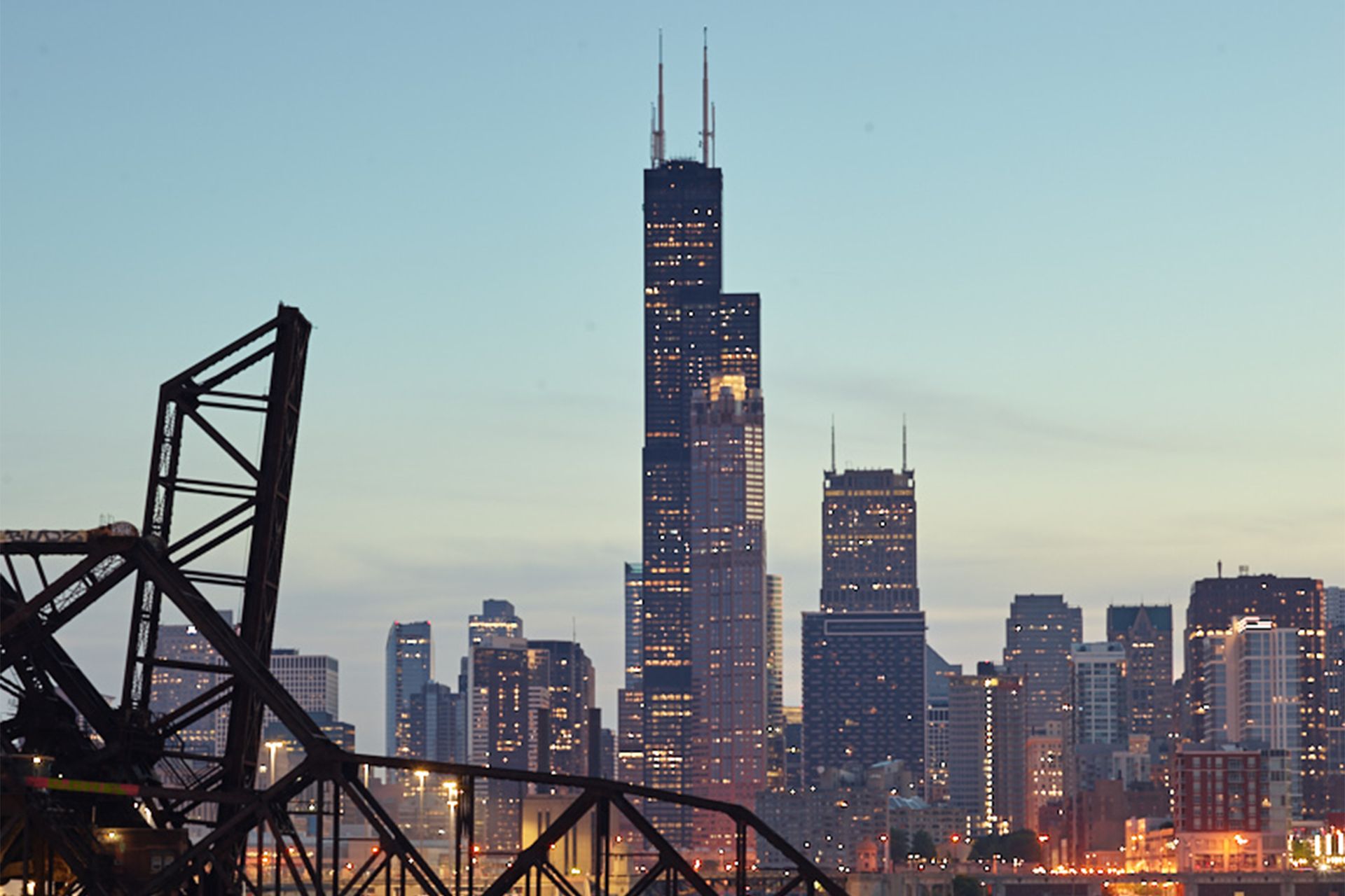 Iconic Willis Tower Becomes Largest Building in the U.S. to Earn LEED Platinum Certification